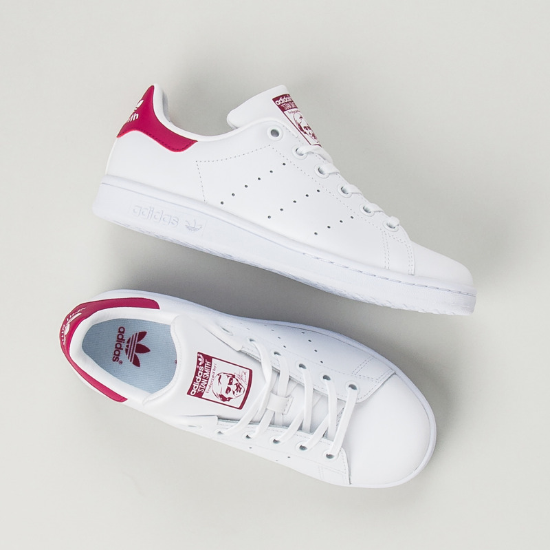 a31a79758c4eb Dokonalé dámske biele tenisky Adidas - Dámske prádlo a doplnky