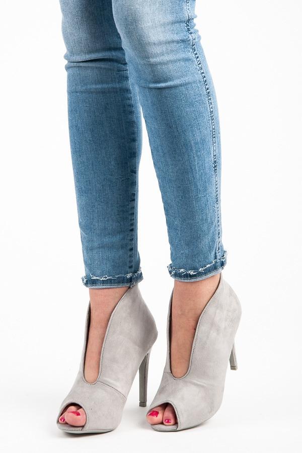 076894e49b15 Elegantné šedé letné členkové topánky s otvorenou špičkou - Dámske ...