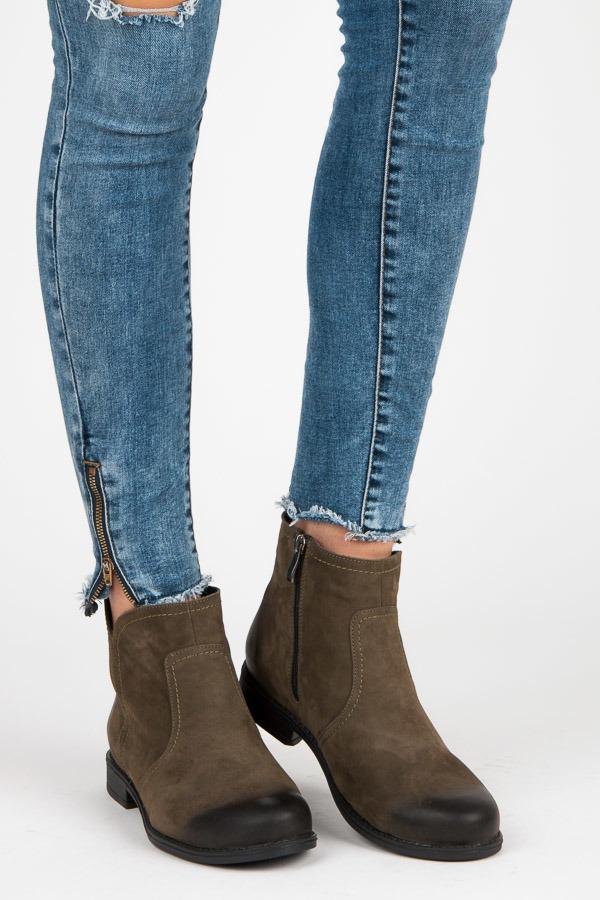 bc996d22dd Kožené olivové členkové topánky na zips - Dámske prádlo a doplnky