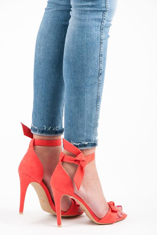 8695a8f75e Luxusné koralové sandálky s viazaním - Dámske prádlo a doplnky