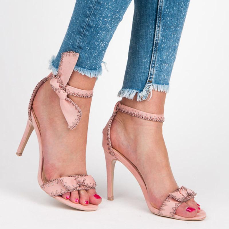 c15a8a201056 Nádherné ružové sandále s mašľou na ihlovom podpätku - Dámske prádlo ...