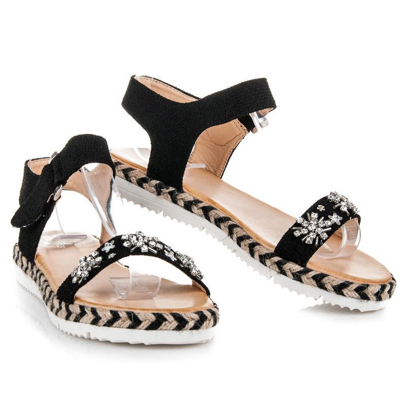 c8e84c441868 Perfektné čierne sandále s kamienkami - Dámske prádlo a doplnky