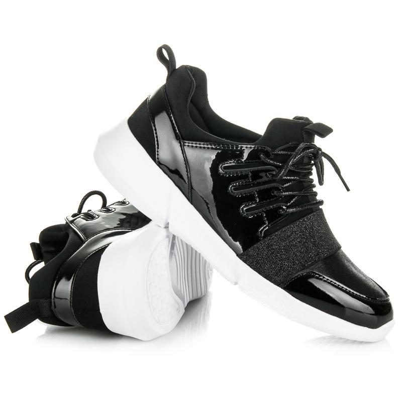 a1030fbd1b319 Trendy čierne dámske tenisky v lakovanom dizajne - Dámske prádlo a ...